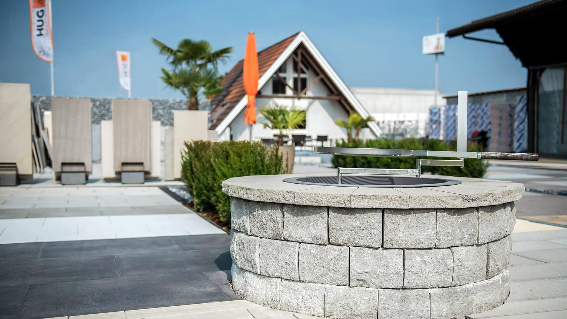 Gartenausstellung Nänikon für Verbundsteine, Natursteine und Betonplatten, rund um die Uhr geöffnet.
