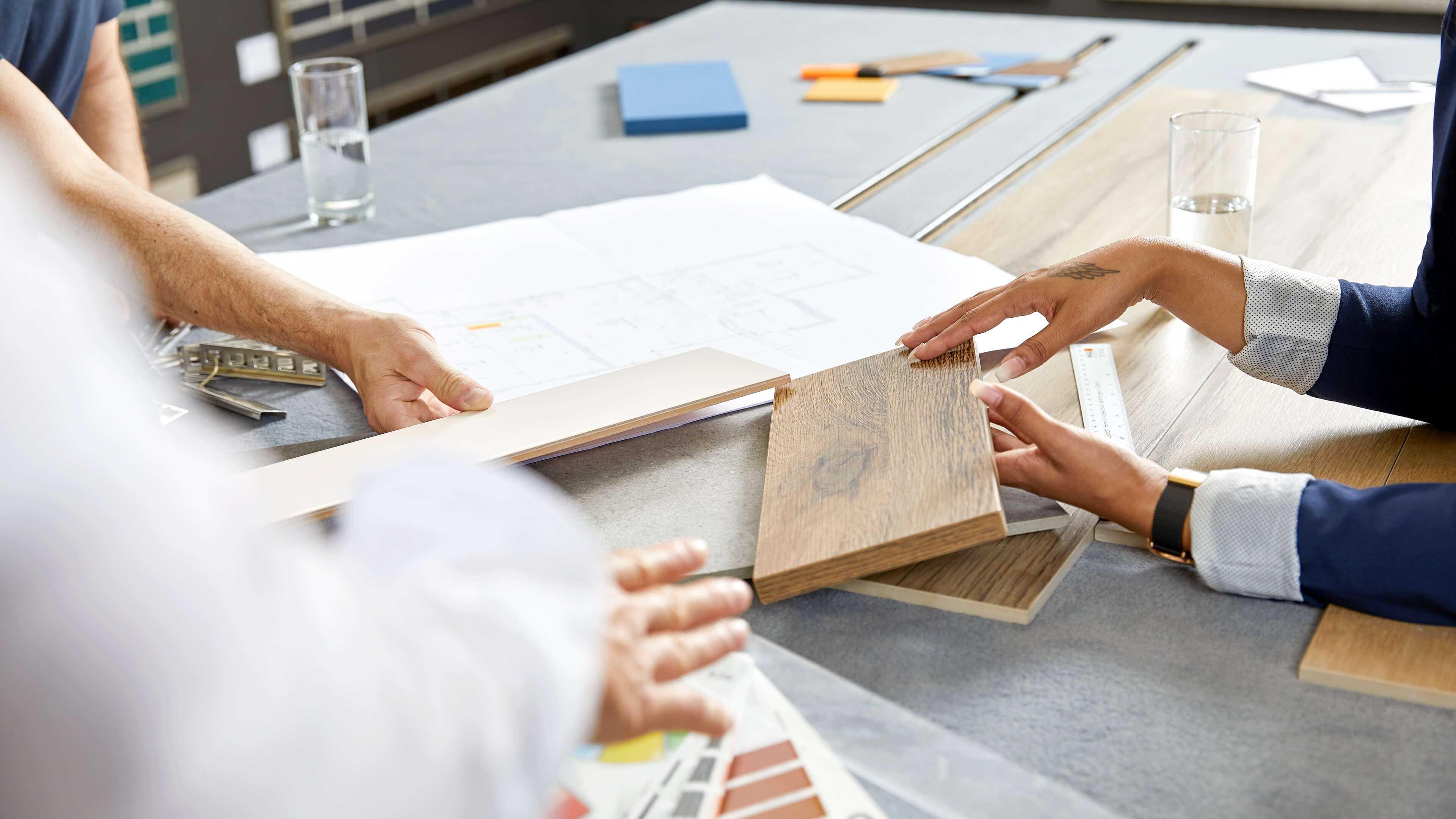 Keramikplatten, Bad- und Keramik-Ausstellungen und Beratung, Hinwil, Volketswil, Wettingen, Zürich